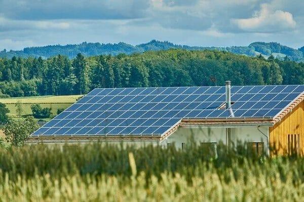 إيجابيات و سلبيات الطاقة المتجددة
