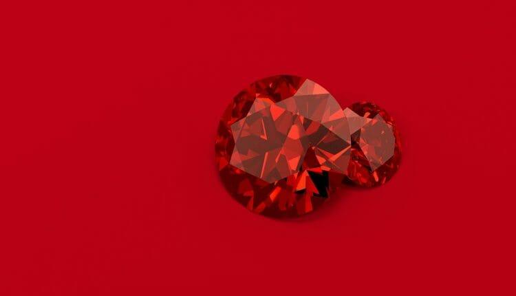 حقائق ومعلومات عن الماس الأحمر النادر والثمين