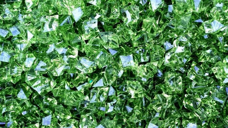من أنواع الأحجار الكريمة الخضراء