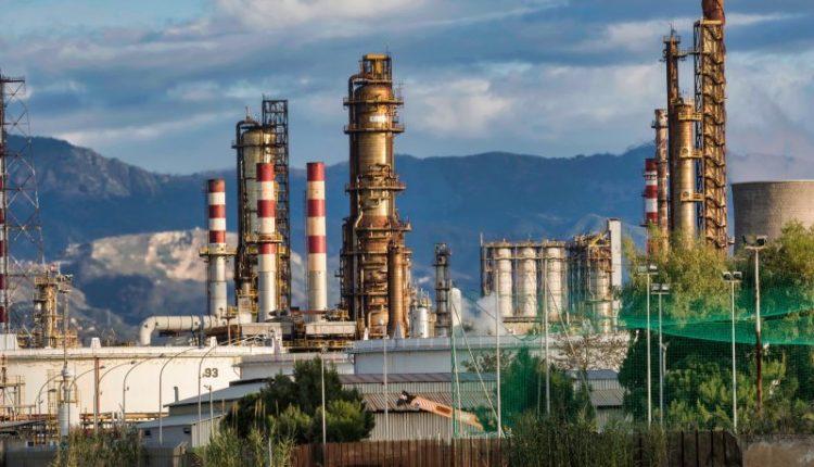 سلبيات وإيجابيات الطاقة غير المتجددة