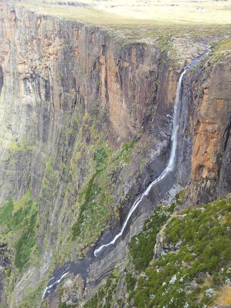 أعلى شلالات في العالم